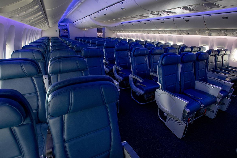 delta enfatiza la comodidad del cliente con el primer 777 ForCabina Principale Delta